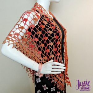 FREE crochet pattern for the Fall Sparkles Shawl by Jessie At Home.