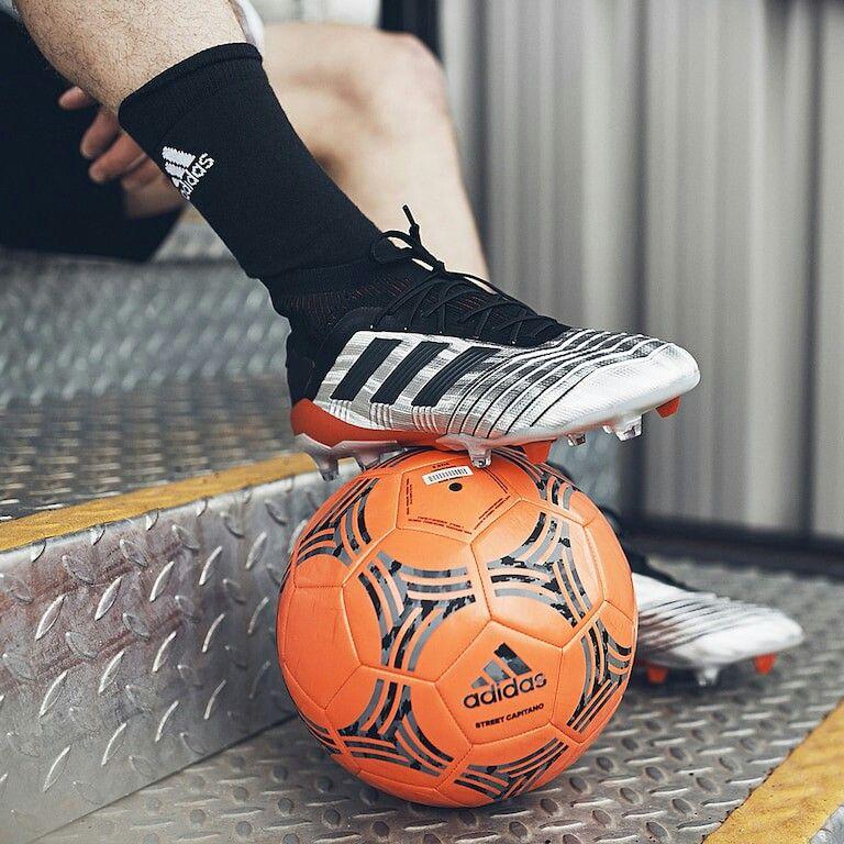 Crítico Agrícola escarcha  Pin de Marco Antonio en ADIDAS | Botas de fútbol adidas, Futbol 7