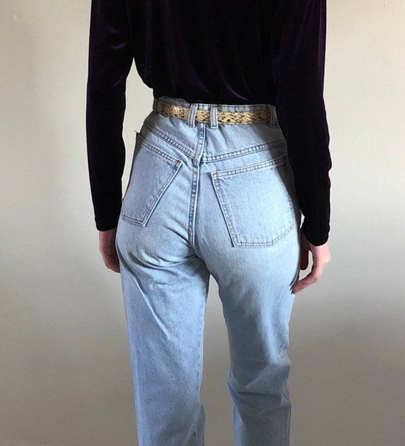 e7302174ba10d 80s Gap high waisted light wash jeans / vintage mom jeans / tapered ...