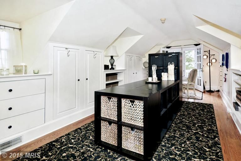 view this great closet with built in bookshelf cathedral ceiling in fallston md the home was built in 1986 and is 6955 square feet - Raised Panel Home 2015