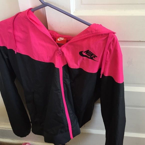 45f10a5014b4 Nike Windbreaker size Large Pink and black nike wind breaker actually keeps  you very warm 100% authentic purchased from nike.com Nike Jackets   Coats
