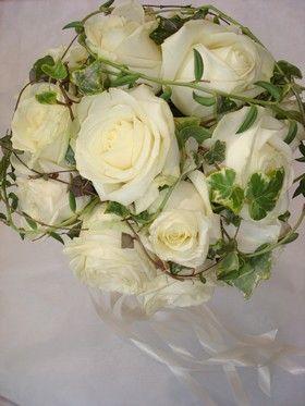 bpuquets fleurs et lierre wedding day en 2019 pinterest. Black Bedroom Furniture Sets. Home Design Ideas