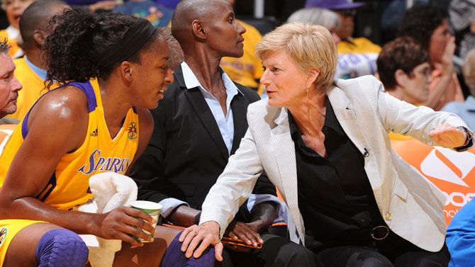 The Official Site Of The Los Angeles Sparks Carole Coach Couple Photos