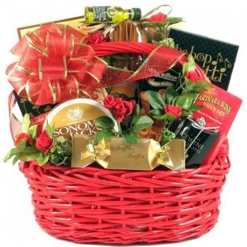 Date Night Romantic Gift Basket Price: $99.99 #amerigiftbaskets #gifts #giftbaskets #valentine For more information visit: www.AmeriGiftBaskets.com