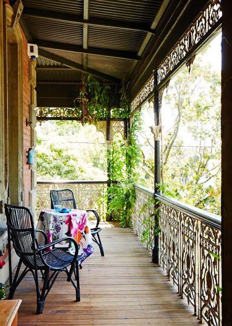 陽台的愛和一個漂亮的臥室