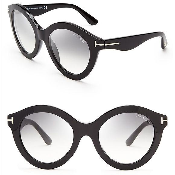 96cb6b3561dc7 AUTHENTIC Tom Ford Chiara sunglasses Black sunglasses. Minor scratch on one  lenses Tom Ford Other