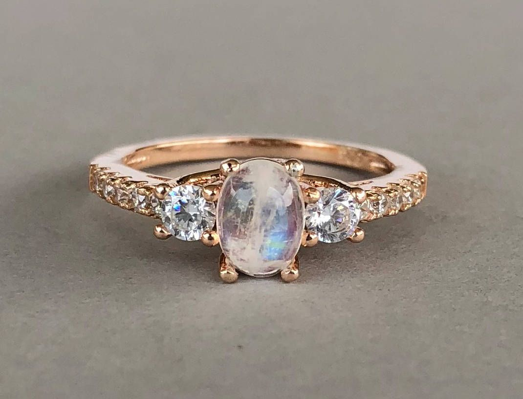 Rings Moonstone for women pictures