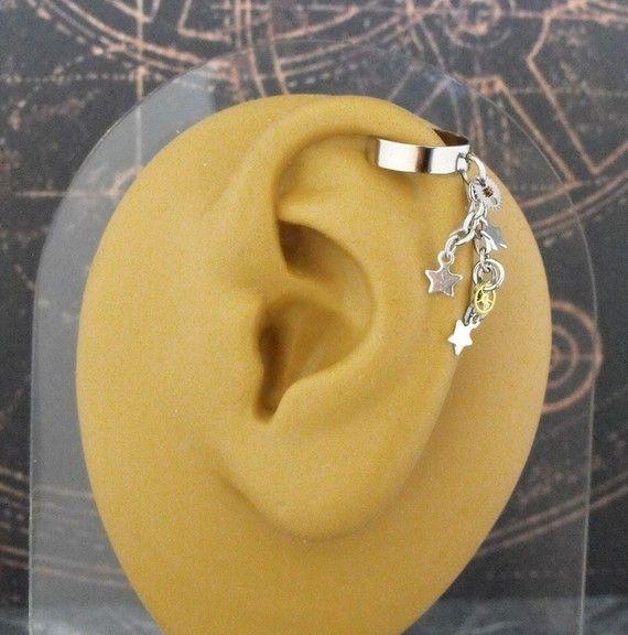 ear cuff! stars! nifty!