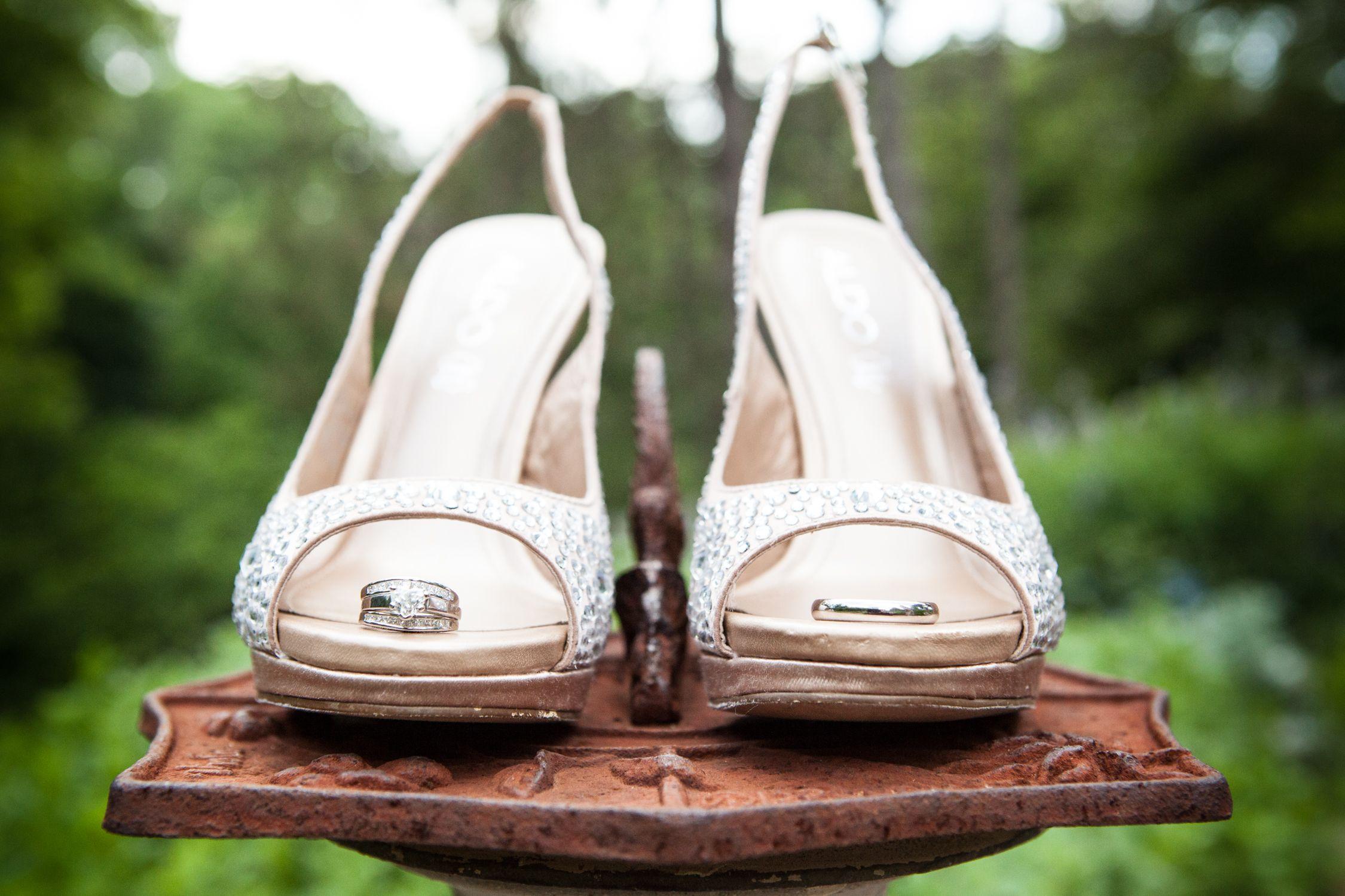 Ring shoe wedding photo