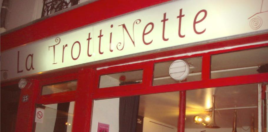 Specialité de Sicile- La Trottinette – 23 rue de la Fontaine au Roi – 75011 Paris. Métro Goncourt. Ouvert du mardi au samedi , uniquement le soir. Formule Entrée- plat- dessert : 26€.