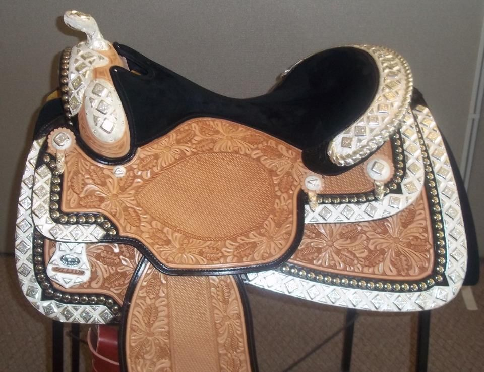 Gorgeous Dale Chavez show saddle!! | Horse Stuff and ...