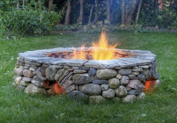 Firepit With Holes On The Bottom For Added Air And Heat Exchange Great Idea Foyer Extérieur Amenagement Jardin Aménagement Extérieur
