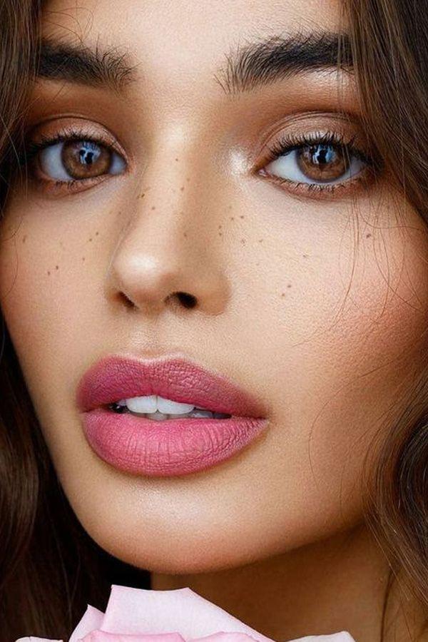 Labios rosas: la tendencia beauty de la que no escaparás este verano