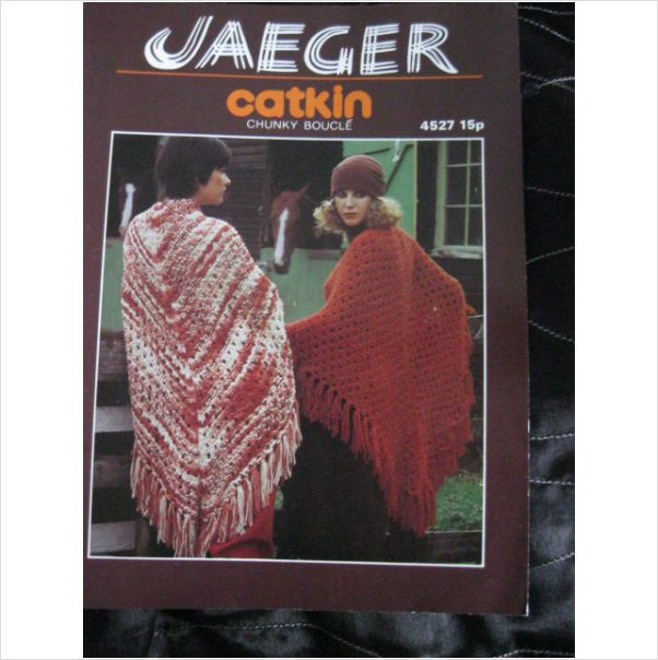 Jaeger Knitting Pattern 4527 Ladies Chunky Boucle Shawl Buy It Now
