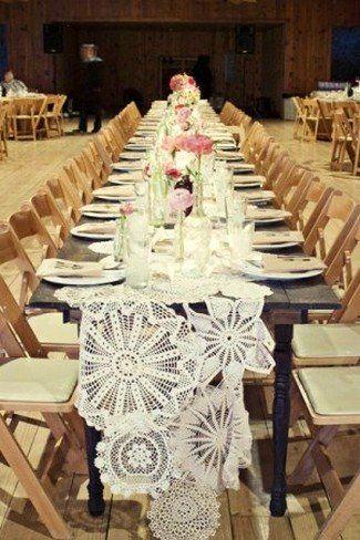 16 DIY Wedding Table Runner Ideas | Confetti Daydreams