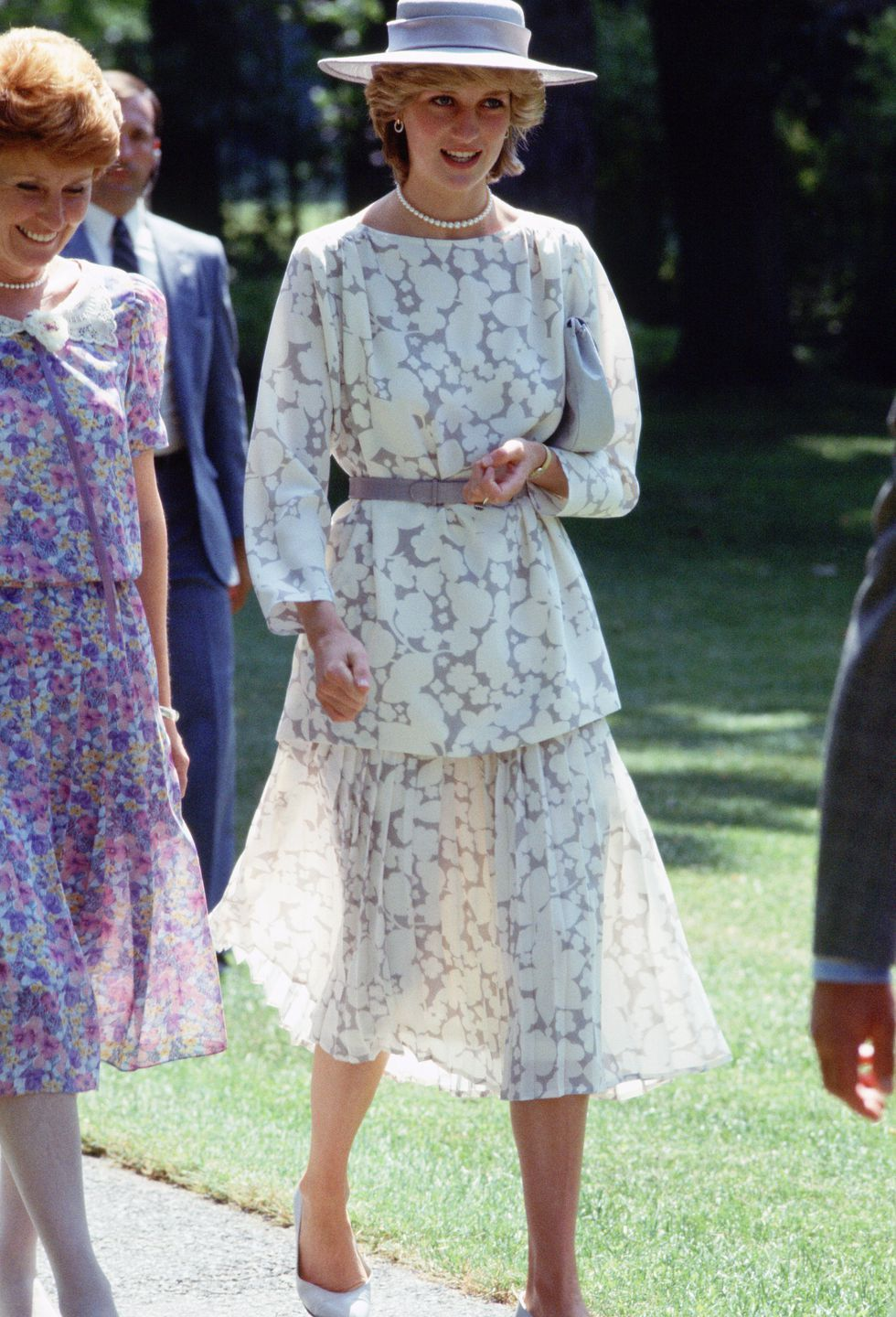 Princess Diana\'s Best Fashion Moments - Princess Di\'s Style Timeline ...