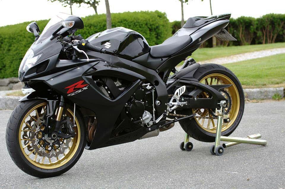Pin by Henz Lim on Car n bike Super bikes, Suzuki gsx