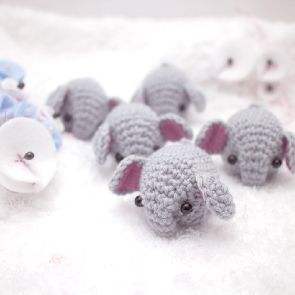 A tiny herd of elephants, from móhu store. #plush #toys #pastel ...