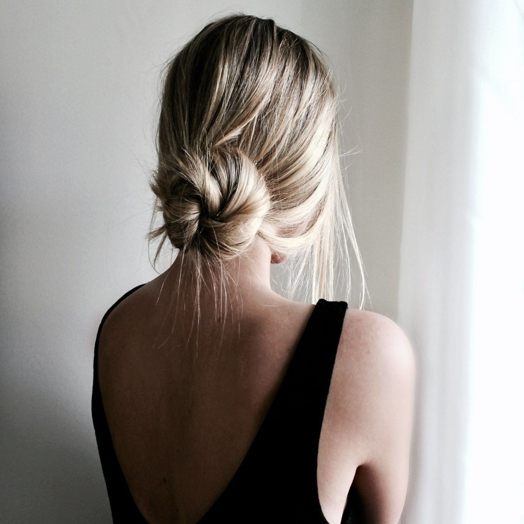 Cute Hairstyles For Warm Weather Society19 In 2020 Easy Bun Hairstyles Low Bun Hairstyles Thick Hair Styles