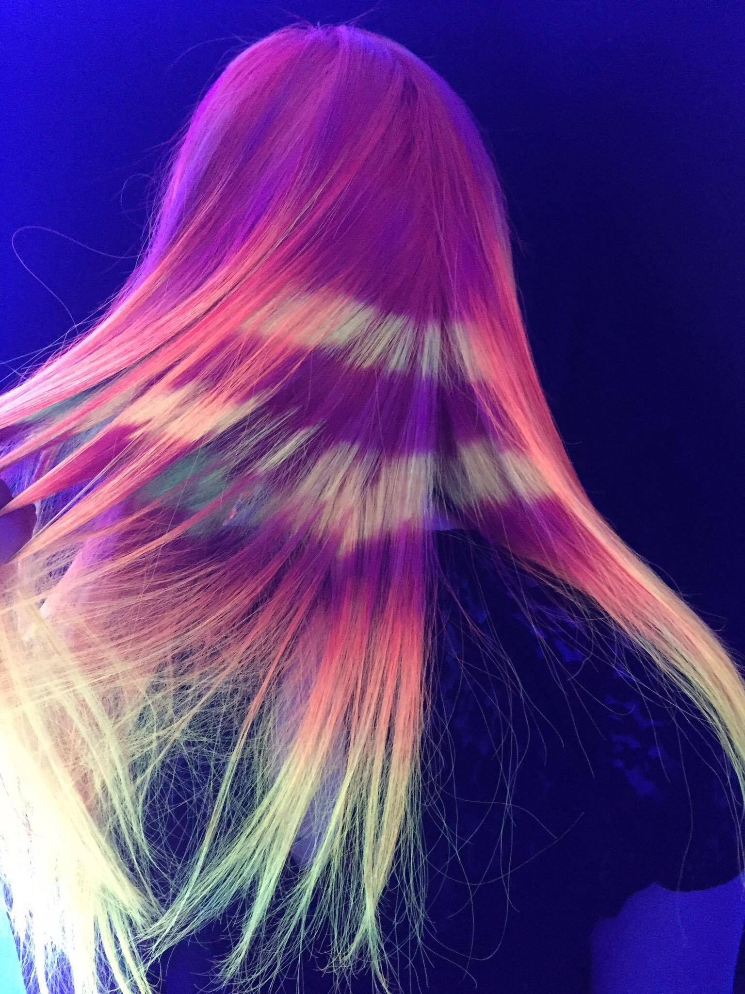 Neon hair with the kenra neons contest for this one i ombreud red