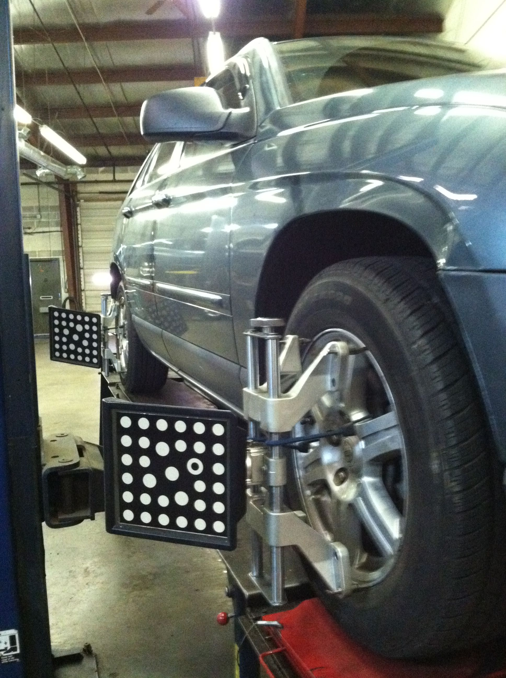 Alignment rack suv suv car car