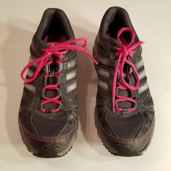 matriz autopista Hay una necesidad de  Adidas Adiwear Running Shoes Gray Pink sz 9 | Running shoes grey, Pink  adidas, Running shoes