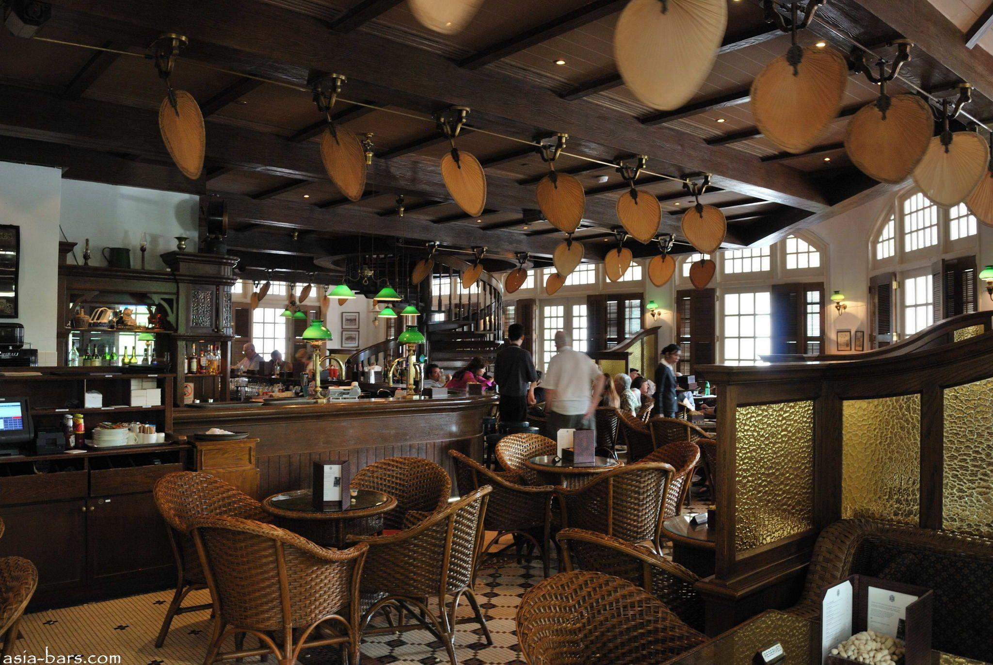 Long Bar Raffles Hotel Singapore Asia Bars Restaurants Hotel Living Abroad House Design