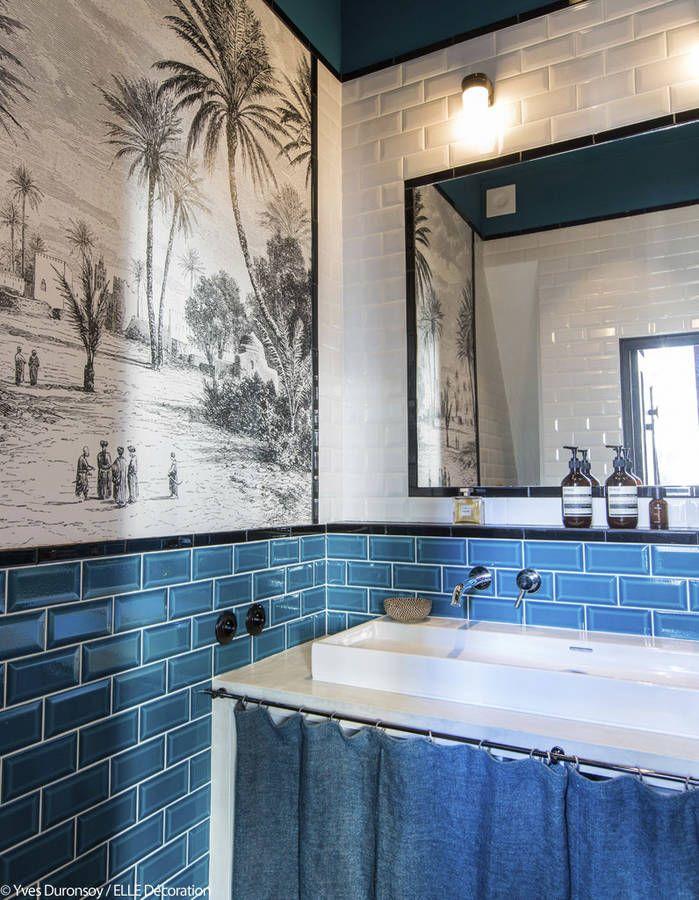 Le papier peint Oasis de la collection Volume 2 dans une salle de - volume salle de bains
