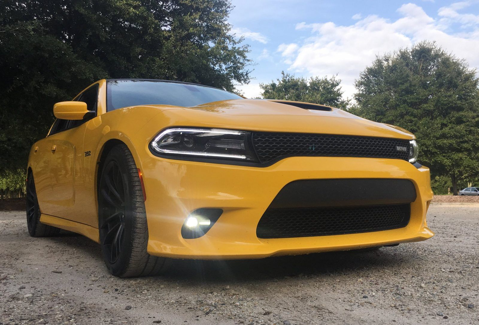 2017 Dodge Charger Daytona 392 – HD Road Test Review