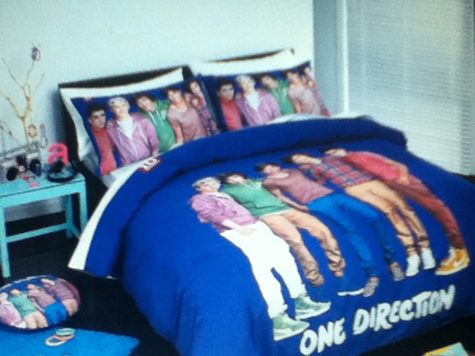 One Direction Bed Set.