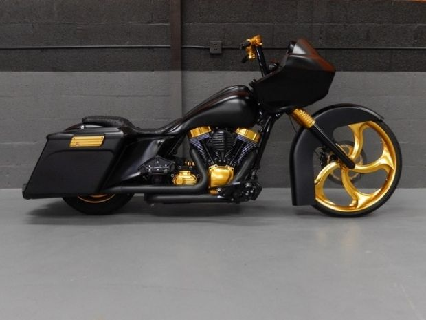 2013 Road Glide Custom | Motorcycle love the black and gold.