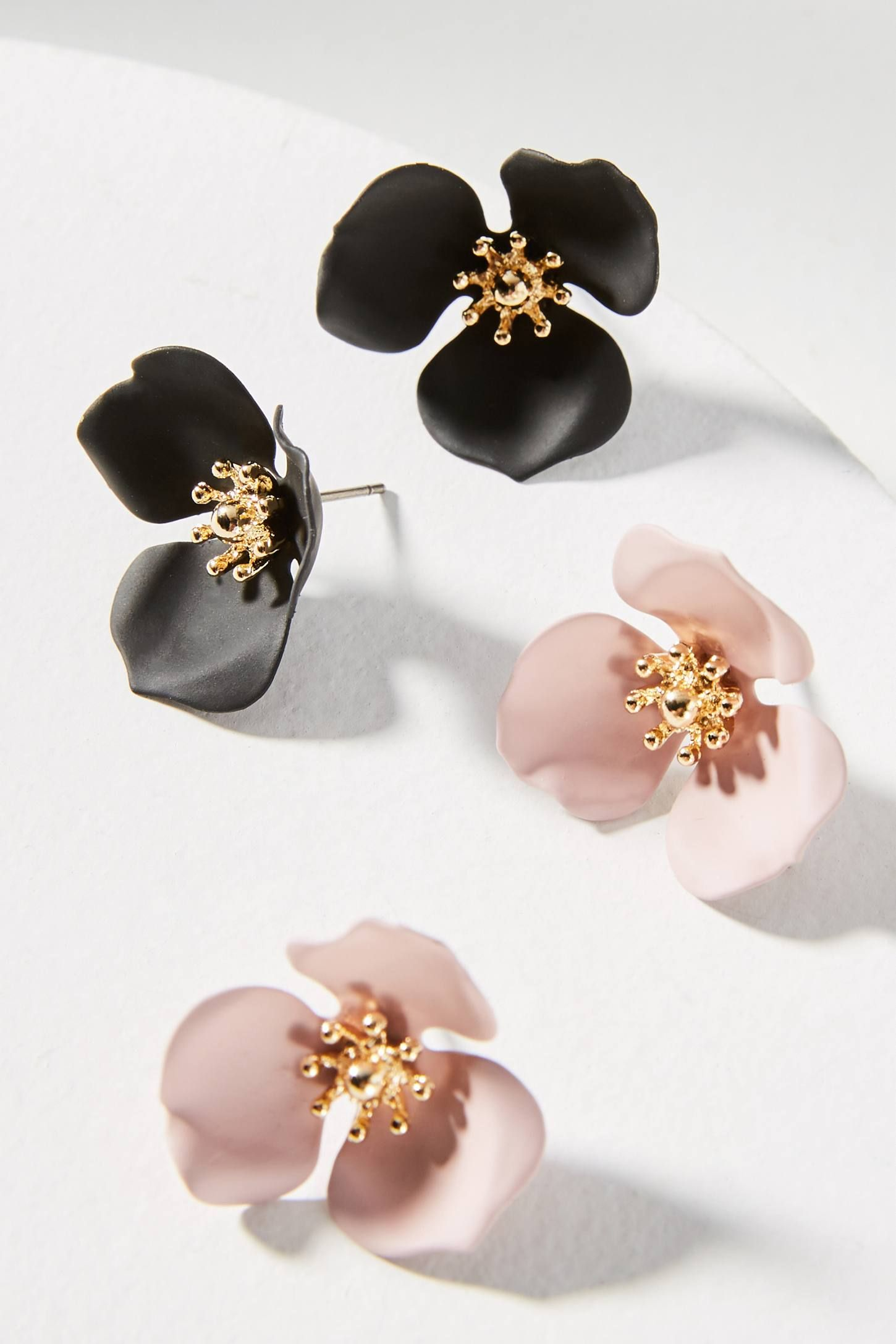 product earrings big stud shopperboard flower pointy strass