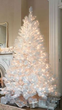 White Christmas Tree With Lights.What S Your Favorite Christmas Style Christmas Tree S
