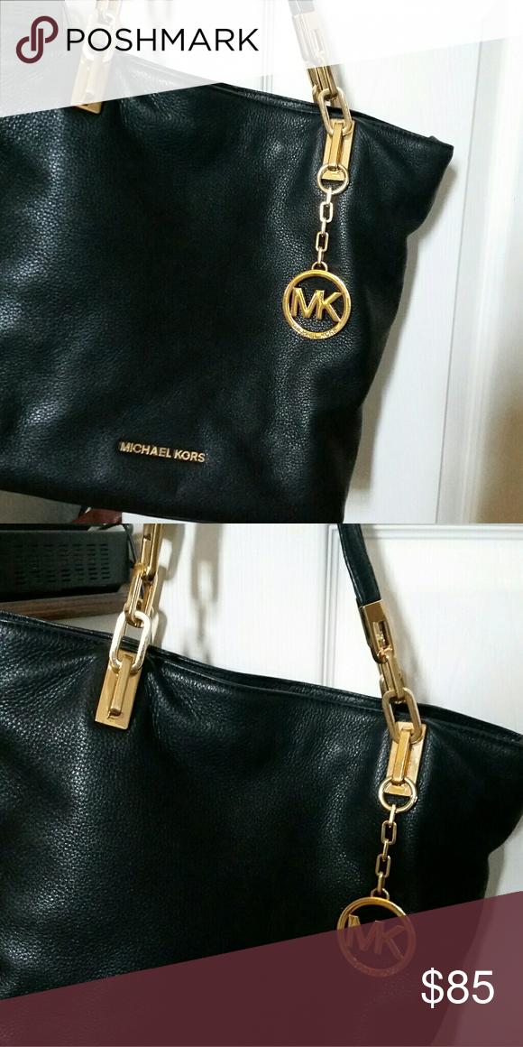 0072b49a760d Michaels Kors purse Great condition