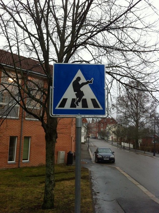 Eastern Norway now has silly walk crossing signs