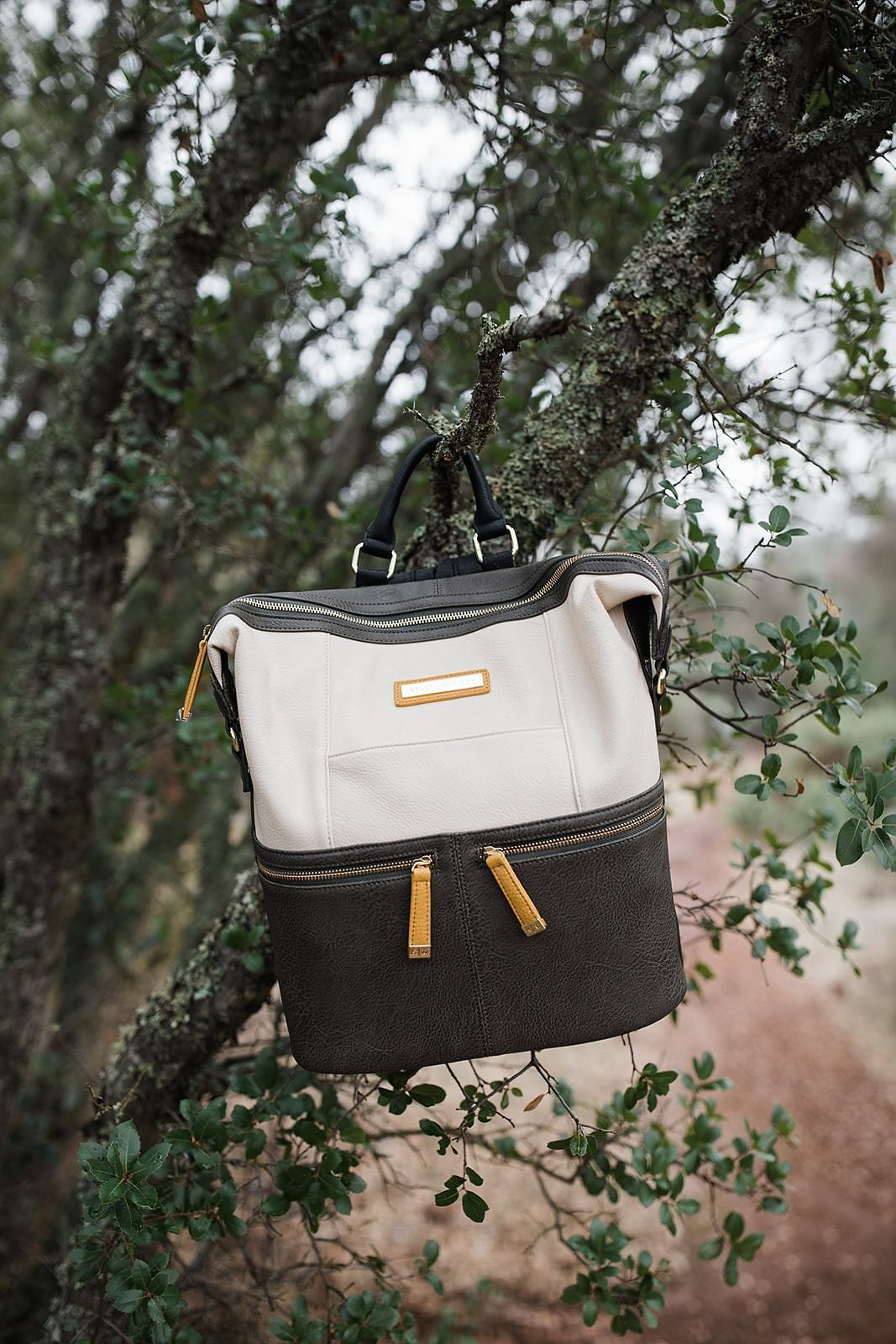 Bucket bag or comfortable backpack in cotton twill and eco leather
