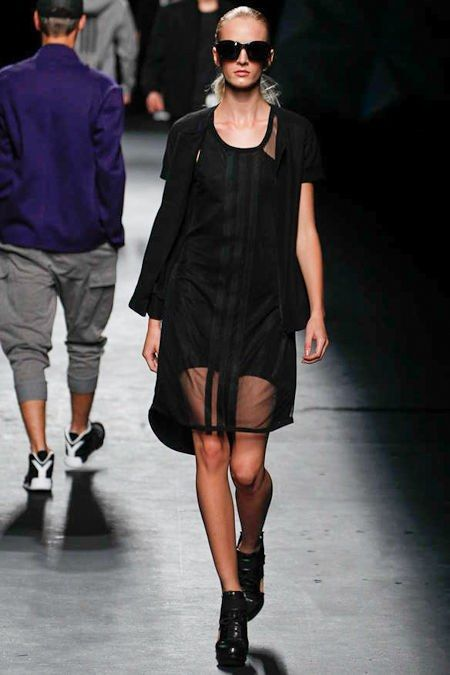 Y-3 Spring 2013 Ready-to-Wear Collection Photos - Vogue