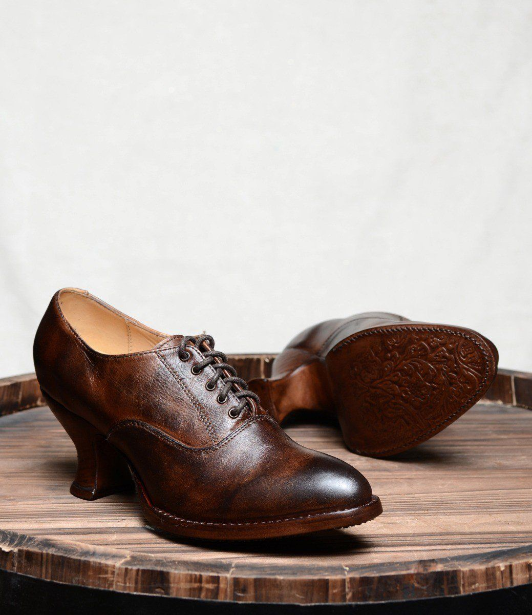 Victorian Style Leather Lace Up Shoes In Teak Rustic Edwardian Shoes Vintage Boots Vintage Style Shoes