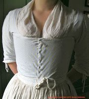 THIS ONE! I want this one. Detail from reconstructed version of  a female eighteenth-century servant's outfit . Unlike male servants, women were expected to provide their own clothes until the nineteenth century. Via Two Nerdy History Girls.