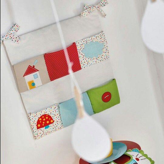 Organizador cunas pinterest decoraci n de unas cunas y decoracion bebe - Organizador de cuna ...