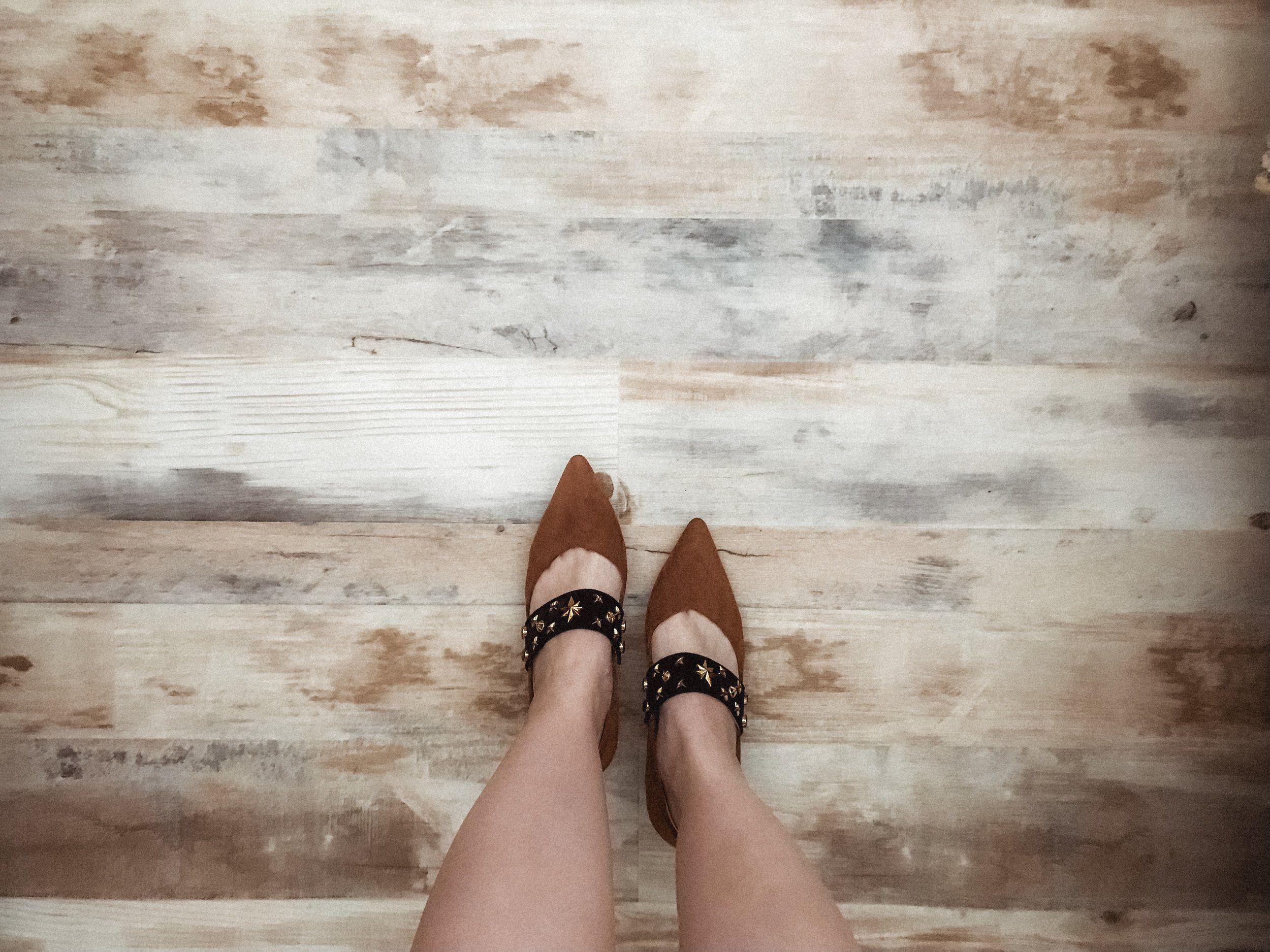 Temporary wood floor for renters diy wood floor - Temporary flooring for renters ...