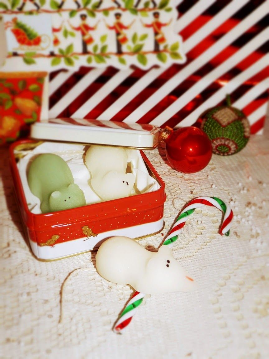 Christmas wouldn't be Christmas without Sugar Mice :) http://peabodyandthrift.blogspot.co.uk/2014/12/sugar-mice-and-all-things-nice.html