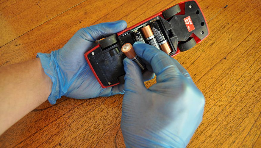 How to Clean Corroded Battery Terminals in Toys Homemade