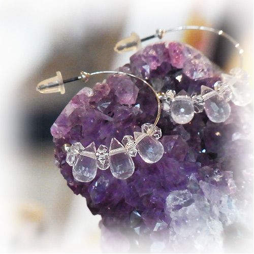 "The pierced earring - crystal of a morning dew,an angel, and healing one-house house"" Crystal Garden Mejiro """