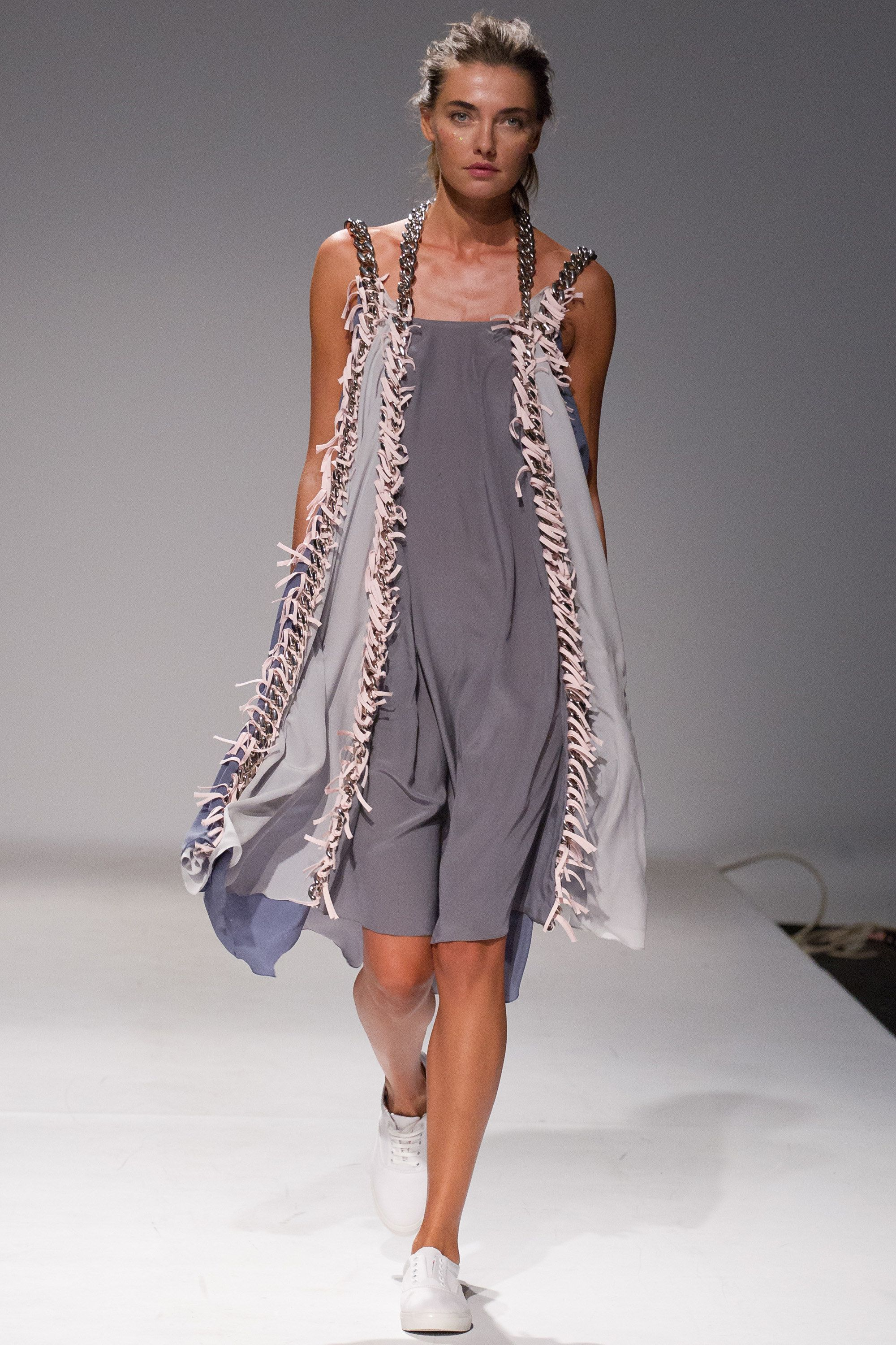 Pin On Ss Rtw Runway Shows