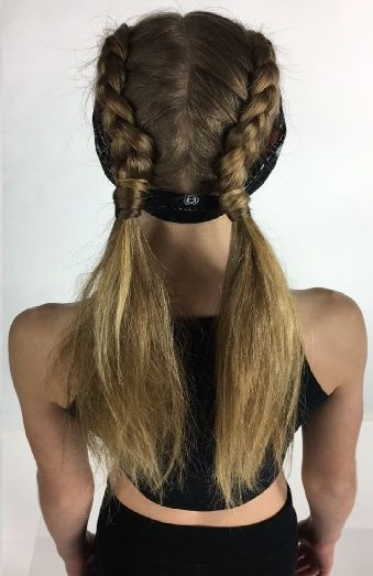 Eine Frisur Von Dancewear Solutions Perfekt Fur Hip Hop Hiphopdanceclasses Dancer Hairstyles D Dancer Hairstyles Hip Hop Hair Styles Dance Hairstyles
