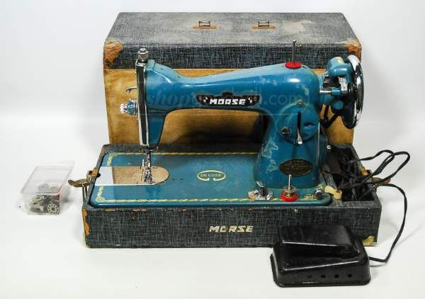 shopgoodwill.com: Vintage Morse Brand Sewing Machine In Wood Box