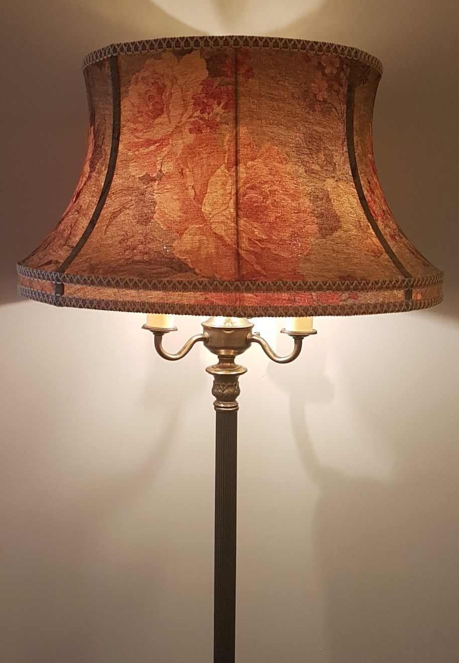 1940 S Tri Ligh Floor Lamp I Recovered The Original Shade With A Floral Fabric The Shade Has A White Silk Lining Floral Lampshade Victorian Lampshades Lamp