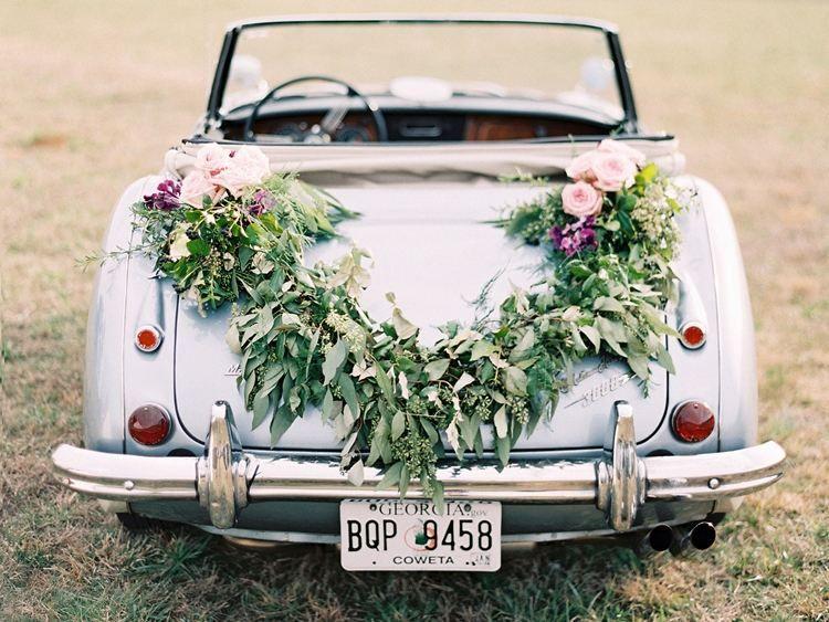 D coration voiture mariage 55 id es de d co romantique mariage roses et d coration Decoration voiture mariage romantique