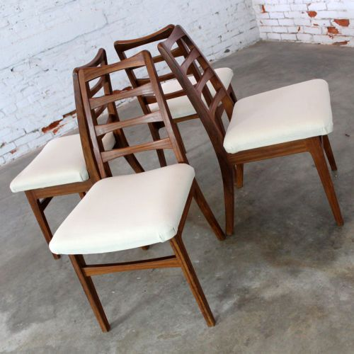 Rosewood Ladderback Dining Chairs Vintage Mid Century Modern Set